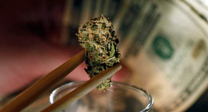 dinero banco marihuanajpg
