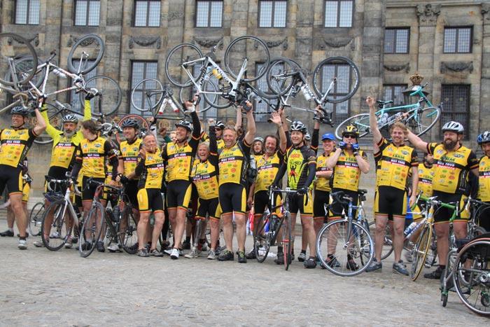 Los participantes del Medical Bike Tour son un ejemplo de ello