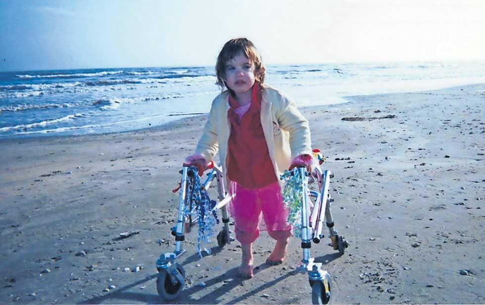 Kara Zartler padece parálisis cerebral y autismo severo