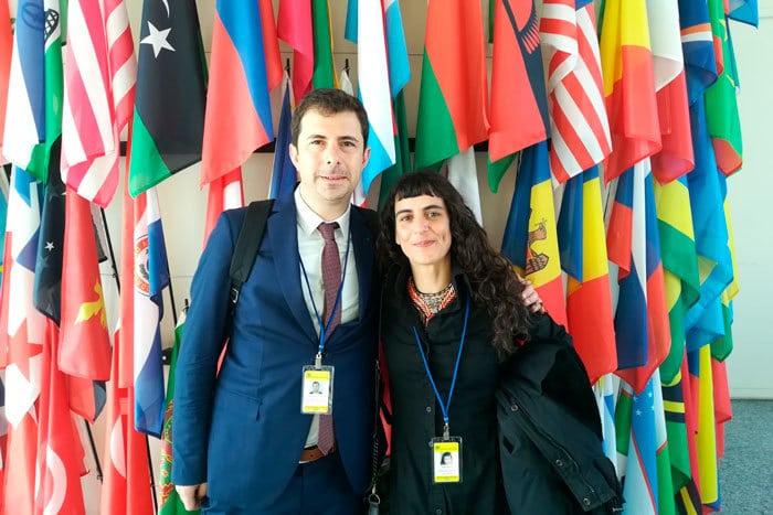 El portavoz del OECCC, Hector Brotons, en sede de la ONU con Nuria Calzada de Energy Control