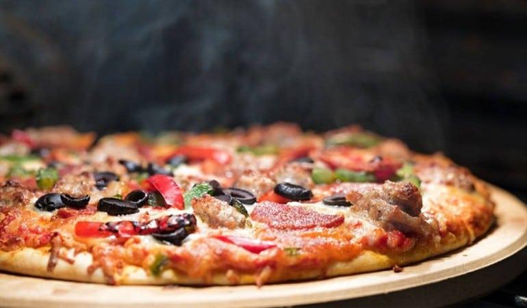 Cadena de restaurante en Sudáfrica vende pizza de Cannabis